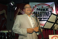 Mike martinez aus chron